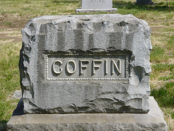 grave_yard_coffin